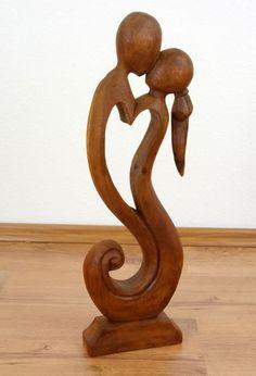 Amazon.de: Skulptur der Liebe und Geborgenheit, Holzfigur, Statue, Liebespaar, Dekofigur