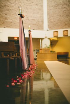 Simple Church Decorations  Photos by Ash & James Photography   http://ashandjamesphotography.com/