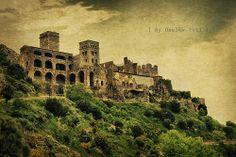 Un monasterio benedictino San Pere de Rodes. Gerona