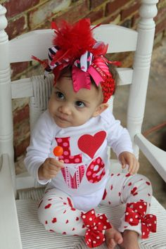 tee hee - love this V-day look!!