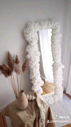 Home diy project - foam mirror - cloud mirror - HomeDIY -interior - mirror - art - DIY home Small Bedroom Inspiration, Cute Bedroom Ideas, Home Decor Inspiration, Diy Furniture Projects, Home Decor Furniture, Diy Home Decor, Diy Crafts To Do, Foam Crafts, Bedroom Decor