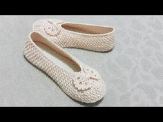 YENİ MODEL. .Örgü patik yapımı .. - YouTube Tabata, Chrochet, Slippers, Youtube, Shoes, Jewelry, Fashion, Tights, Footwear