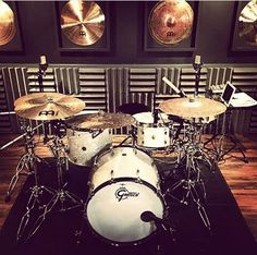 Gretsch drumkit - drums in room with excellent sound panels is a MOST POPULAR RE-PIN. Looks like a professional recording studio, with wall decorations of various cymbals. #DdO:) - https://www.pinterest.com/DianaDeeOsborne/drums-drumming-joy/ - RESEARCH: Friedrich Gretsch came from Mannheim, Germany to found a small shop in Brooklyn, New York in 1883. Died in 1895 during trip to homeland. 15 year old son Fred built this #DRUMS #DYNASTY, incl a mammoth 10 story building within 20 years.