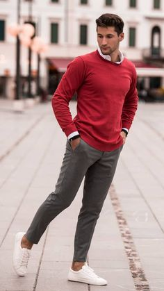 Men style tips, style men, mens style winter, men's style, men's casual Mens Fashion Sweaters, Mens Fashion Suits, Sweater Fashion, Men Sweater, Mens Sweater Outfits, Sporty Fashion, Fashion Hoodies, Fashion Menswear, Fashion Outfits