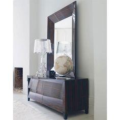Pochi elementi per un ingresso con stile, Bourgie cristallo.