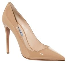 Queen Letizia Prada pointy-toe leather pumps