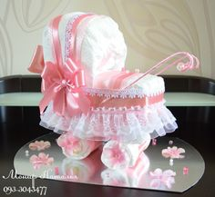 Baby Shower Ides For Girs Diy Gifts Crafts Diaper Cakes 53 Trendy Ideas Baby Shower Ides For Girs Di Baby Shower Crafts, Baby Shower Themes, Shower Ideas, Shower Gifts, Baby Diaper Crafts, Diaper Shower, Baby Shower Diapers, Pink Centerpieces, Baby Shower Centerpieces