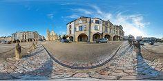 Place de la cathédrale de Bazas - France © Pascal Moulin