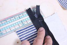 コインキーケースの作り方[型紙無料ダウロード] | ひらめき工作室 Sewing, Bags, Diy And Crafts, Japanese Language, Objects, Handbags, Dressmaking, Couture, Stitching
