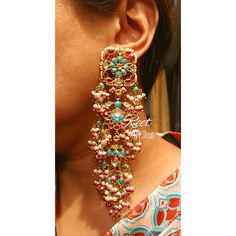 I like this jewelry necklaces Indian Jewelry Earrings, Jewelry Design Earrings, Wedding Jewelry, Jewelery, Silver Jewellery, Jewelry Necklaces, Hyderabadi Jewelry, Bollywood Jewelry, Jewelry Patterns