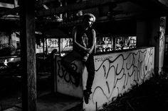 Awesome model portrait in abandoned warehouse with great light and graffiti | NJ Photographer | Elyse Jankowski Photography