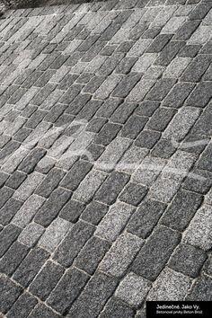 Brož Rustiko ® – vibrolisovaná dvouvrstvá betonová zámková dlažba – Beton Brož