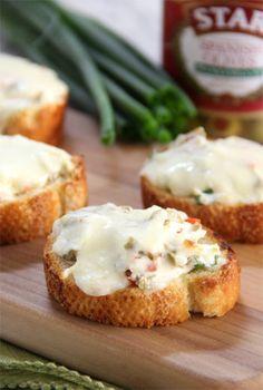 Cheesy Olive Toasts #STARFineFoods #STAROlives