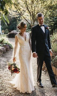 Design your Own Wedding Dress like real bride Sharni who, in collaboration with designer Kate Gubanyi, chose her lace and incorporated the elements she loved into her very own custom made wedding dress