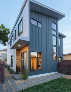 House in Valley Street in Berkeley, California by Baran Studio Architecture