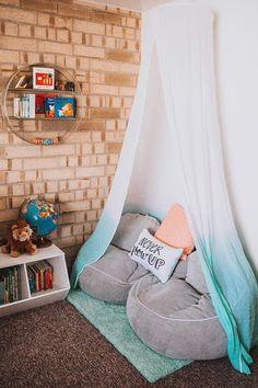 Dearest Lou: Reading Nook for Z with Pillowfort Familienzimmer Design Teen Girl Bedrooms, Big Girl Rooms, Preteen Girls Rooms, Diy Room Decor, Bedroom Decor, Home Decor, Kid Decor, Decor Ideas, Decorating Ideas