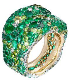 Emerald - Fabergé ring.