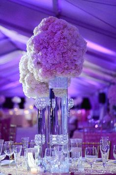 tall bling centerpieces Amazing arrangement of tall wedding