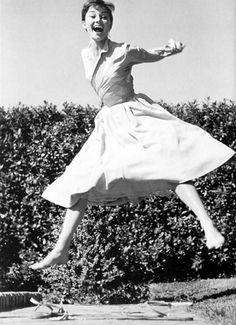 Audrey Hepburn    1955, Rome, Italy.    photo: Philippe Halsman