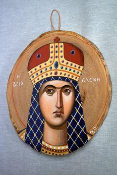 Saint Elena handpainted icon on chestnut wood, 20 x 15 cm. Byzantine Icons, Tempera, Saints, Egg, Hand Painted, Traditional, Christmas Ornaments, Canvas, Holiday Decor