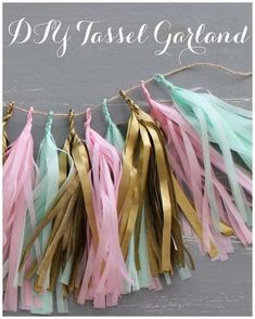 DIY Decorations - How to make your own DIY confetti system inspired tissue paper tassel garland. All you need is some scissors, hot glue gun, twine, and tissue paper. Diy Tassel Garland, Party Garland, Diy Party Crafts, Craft Party, Decor Crafts, Confetti System, Tissue Paper Garlands, Paper Poms, Crepe Paper