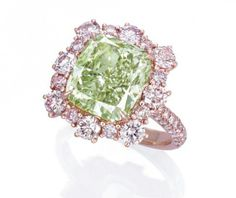 An intense green diamond, a cushion-shaped fancy intense green, VS2 diamond ring of 6.13 cts. So beautiful green! ♥