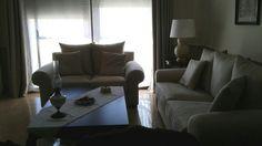 Distribución y amueblamiento de vivienda clásica en muebles de caoba. Diseñado por dk-interior. www.decoraciondeinterioresdecoc.com