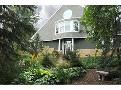 208 Sunnyridge Circle, Golden Valley, MN 55422 - MLS