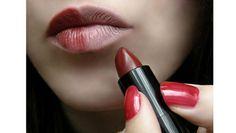 Помады нескольких оттенков на женщинах с кожей разного тона: есть ли разница? http://be-ba-bu.ru/interesno/news/pomady-neskolkih-ottenkov-na-zhenshhinah-s-kozhej-raznogo-tona-est-li-raznitsa.html