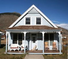VRBO.com #244014 - On Ohv Route-Downtown Silverton Historic Moutain Home- White Wolf Haus