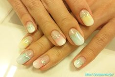 Gradation of pastel nail-friendly