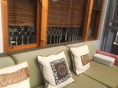 Astounding Useful Tips: Fabric Blinds Cottages bamboo blinds patio.Roll Up Blinds Roller Shades blinds for windows farmhouse.Types Of Blinds For Windows. Patio Blinds, Outdoor Blinds, Diy Blinds, Bamboo Blinds, Fabric Blinds, Curtains With Blinds, Privacy Blinds, Sheer Blinds, Roman Blinds