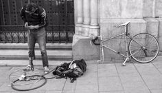 Juan Gabriel de la Rosa, con su bicicleta.