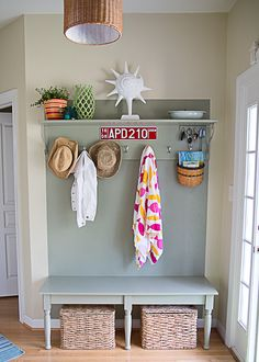 Awesome entryway Makeover.