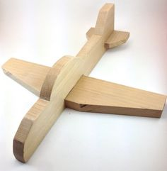 Custom order of 4 Airplanes for Lisa