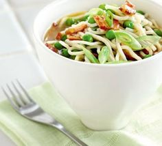 Smoky bacon pot noodle for one. Who needs ready-made instant noodles when you can whip up your own low-fat, high flavour version in under 10 mins? Healthy Meals For One, Healthy Eating, Healthy Recipes, Bbc Good Food Recipes, Dinner Recipes, One Pot Meals, Easy Meals, Hungarian Cuisine