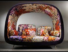 mobilier, David Manien, design français, canapé Reverso, tissu fleuri Lobelia 159 de Missoni