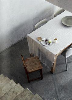 75 Gorgeous Modern Rustic Dining Room Design Ideas – Best Home Decorating Ideas House Doctor, Wabi Sabi, Rustic Furniture, Home Furniture, Turbulence Deco, Ideas Para Organizar, Concrete Wood, Dining Room Design, Dining Rooms