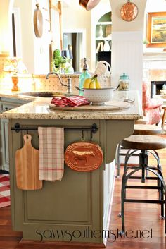 Towel bar in the Kitchen