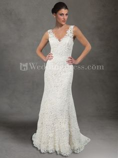 A gorgeous wedding dress for £180...who said your wedding dress needs to cost a fortune!