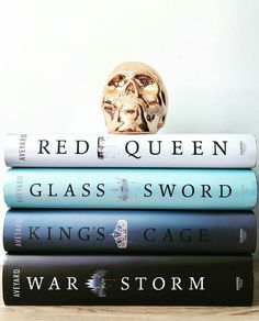 Red Queen, Glass Sword, Kings Cage and War Storm books