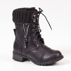 WANT. I'm still looking for the perfect combat boots.