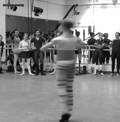 passionatedancing: Steven McRae chaine-ing like it's nothing at the Royal Ballet class  *this gif was not sped up*