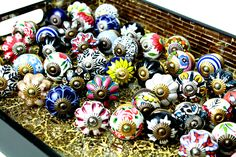 A gorgeous collection of ceramic knobs with the option to choose a hardware finish to suit your style. Lot's of designs and great selection
