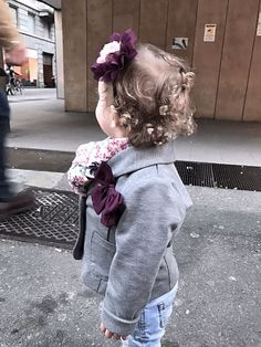 Yesterday she filled romantic 💕 Ieri romantic style 💕 (Posts by Barbara vezzoli) Romantic, Posts, Baby, Clothes, Style, Outfits, Swag, Messages, Clothing