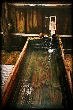 44 Wonderful design ideas for wooden bathtubs to wonderful design ideas for wooden bathtubs to relax the bathroom 44 marvelous wooden bathtub design Treehouse wooden bathtub - new ideasBath tub Treehouse Wood tree Outdoor Bathrooms, Outdoor Baths, Dream Bathrooms, Wooden Bathtub, Building A Treehouse, Japanese Bath, Photo D Art, Lake Cabins, Wood Tree