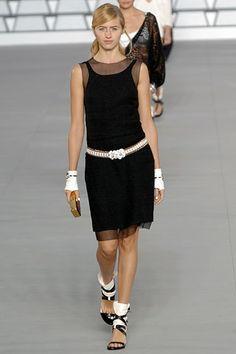 Sara Ziff for Chanel Spring 2006 RTW