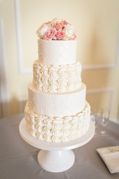 Buttercream Rosettes & Quilted tiers with fresh florals at The Carolina Inn