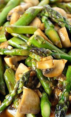 Asparagus and Mushroom Stir-Fry Recipe Easy asparagus and mushroom stir-fry with a tasty, simple garlic sauce! Beautiful side dish for Asian-inspired meals. Asparagus And Mushrooms, Stuffed Mushrooms, Asparagus Stir Fry, Asparagus Dishes, Vegan Recipes With Asparagus, Asparagus Garden, Chicken Asparagus, Broccoli Recipes, Healthy Vegetarian Recipes