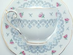 Roslyn Vintage Fine Bone China Tea Cup and Saucer Made in England Pink Roses Grey Blue Border Gold Trim